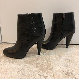 Joan & David heeled booties